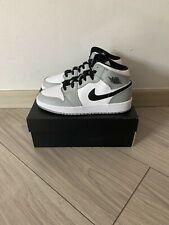 Nike Air Jordan 1 Mid Light Smoke Grey (GS) - US 3.5/4Y/5Y/5.5Y