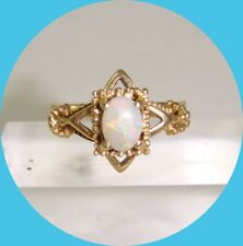 Unique Vintage 10kt Yellow Gold Opal Ring-- Size 8.5