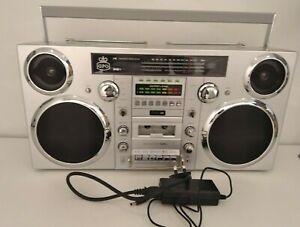 GPO Brooklyn Boom Box 80's Retro Silver & Chrome Dab FM Music System USB