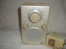 Radio Portable Tivoli Audio PAL Henry Kloss AM /FM Analogique perle