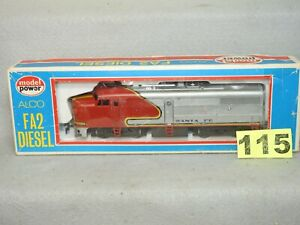 MODEL POWER HO SCALE #820 SANTA FE ALCO FA2 DIESEL LOCOMOTIVE READY TO RUN