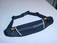 RUNNERS WORLD RUNNING BELT