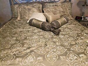 20 PC. Luxury Bedroom Set California King Olive/Light Green