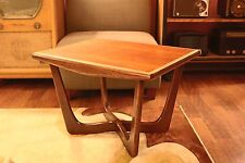 Mid Century Modern Kroehler Adrian Pearsall Walnut Boomerang Side Table