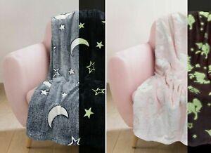 Kids Glow In The Dark Fleece Blanket Large Sofa Throw Pink Unicorn / Grey Stars