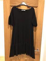 Women's Stella McCartney Black 100% Fleece Wool Frill Hem Short Sleeve Dress 40