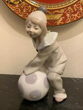 Lladro Porcelain Girl with Ball Figurine #1177
