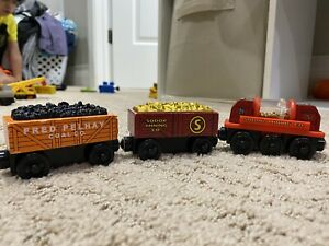 Thomas The Train Wooden Railway Fred, Gold Car mining Train