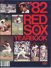 1982 Boston RED SOX YEARBOOK NEWS STAND Yastrzemski-Rice