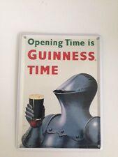 Guinness Bier - RITTER RÜSTUNG -  Mini Blechschild Blechkarte Irland Sign 15