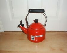 BN Le Creuset red traditional stove whistling kettle 1.1 litre 1.25 QT