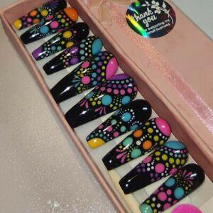 Black, colorful dots ,Press on nails,pls read description