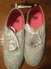 Faded Glory Sparkle Lace-Up Casual Shoe SIze 5