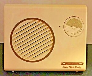 Vintage Americana Solid State Slanted Table Radio In Box w/Manual 50's 60's