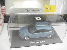 Minichamps 1:43 OPEL ASTRA GTC blu chiaro-metallico NUOVO!!! OVP!!! lö49/5152/04