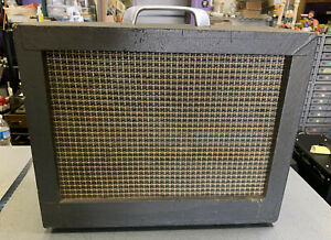Vintage 1960s Kay Guitar Tube Amplifier for parts or repair project