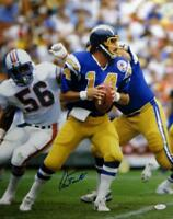 Dan Fouts Autographed San Diego Chargers 16x20 Photo Looking to Pass JSA W Authe