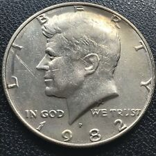 1982 P Kennedy Half Dollar 50c No FG Missing Designer Initials Error Rare #16878