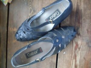 SIZE 6 (39) BLUE LEATHER SUMMER SHOES VINTAGE GRANNY STYLE.