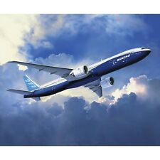 Revell 1/144 Boeing 777-300ER Plastic Model Kit 04945 RVL04945