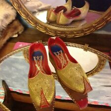Oriental Slipper Shoes From China