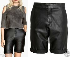 H&M SEXY LEDER STRETCH SHORTS HOT PANTS BERMUDAS FAUX LEATHER SIZE UK 10 / 36