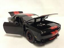 2015 Dodge Challenger SRT HELLCAT Collectible Diecast 1:24 Jada Toy Black/Red
