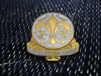 Great enamel bowling pin badge Liskeard Bowling Club Cornwall