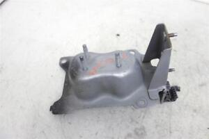 2000 2001 Nissan Maxima Right PASSENGER STAY- FRONT BUMPER 62210-2Y900