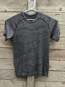 Lululemon Mens Medium Metal Vent Tech T Shirt Short Sleeve Grey Black Camo