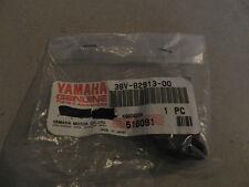 PIECE POIGNEE ORIGINE YAMAHA 38V-82913-00