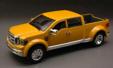Ford Mighty F-350 Super Duty 2002 Yellow 1:31 Model 31213 MAISTO