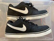 Nike Ruckus Low Skateboarding shoes Black/White Canvas, Men's size 12  EXCELLENT