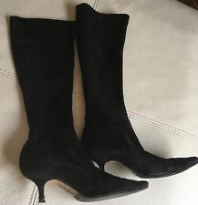 feef6cc618232 Elegantes bottes daim noir Jimmy Choo taille 34