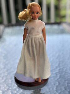 Vintage Mattel Dramatic Living Skipper Doll Mod Era Barbie 1970