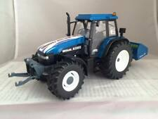 Aberdeen Show Model 2015 New Holland 8360 tractor 1:32 Box NFU Scotland Limited