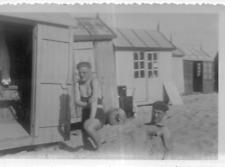 DT390 Photographie photo vintage snapshot drôle gag blague funny plage sable
