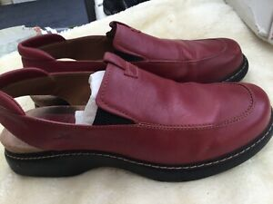 Clark's Gourmet Red leather slip on shoes Size UK 6 .5 D