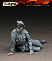 1/35 Scale Resin Figure kit WW2 German Officer at rest