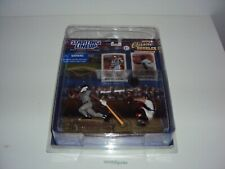 2000 Starting Lineup Classic Doubles Derek Jeter / Mike Piazza with case