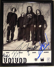 SIGNED VOIVOD AUTOGRAPHED 8X10 PHOTO JASON NEWSTED WITH PIGGY!