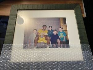 Kobe Bryant HAND-SIGNED Autographed Photo 24.5x18.5cm FRAMED *Beckett (BAS) COA*