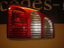 TOYOTA LANDCRUISER 100 Rh Tail Lamp. ORIG. TOYOTA PART N. 81580-60070