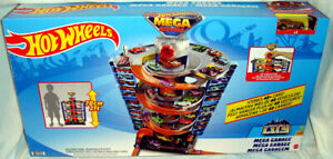 Hot Wheels Mega Garage Set Toy Playset MIB With Car Mattel #GTT95 Holds 40+ Cars