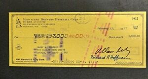 """MILWAUKEE BREWERS ALLAN """"BUD"""" SELIG $3,000 SIGNED CHECK 1977 !  -d3901nxx"""
