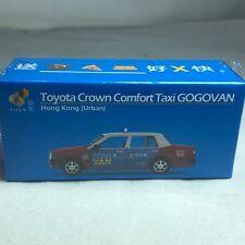 1/64 TINY CAR - Toyota Crown Comfort Taxi GOGO VAN Hong Kong Brban ATC64462