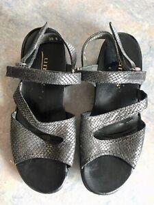 Kumfs Silver/Grey Sandals