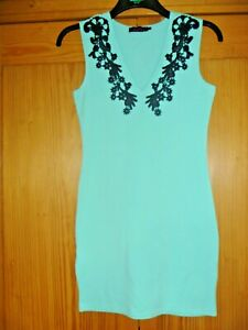 STUNNING MOTEL ROCKS MINT BODYCON DRESS,BLACK LACE TRIMMED V-NECK,SZ M,SZ 12,NEW