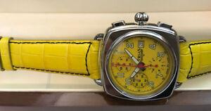 TRIAS Automatik Chronograph Valjoux Kaliber 7750 Swiss made Retro-Design gelb
