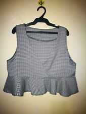 TOP GINGHAM PRINT CROPPED CUT SIZE M/L